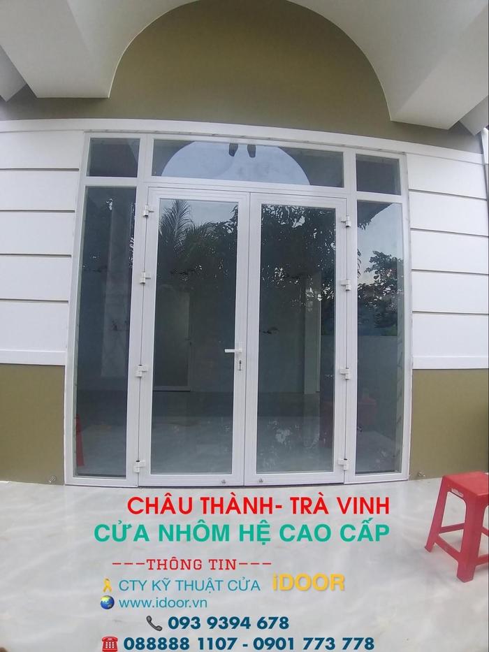 Cửa kính cường lực tại huyện Châu Thành - Trà Vinh chịu lực tốt