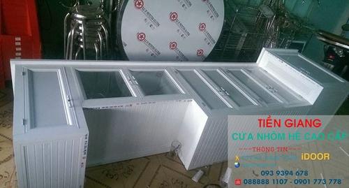 tủ bếp nhôm kính cao cấp giá rẻ tại Tiền Giang 1