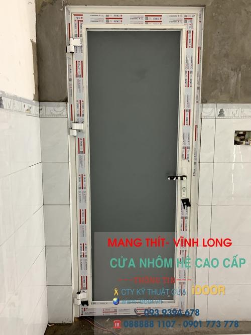 Cửa kính cường lực tại huyện Mang Thít- Vĩnh Long 1